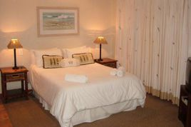 Holiday Apartments - HKP - Plane Cottage