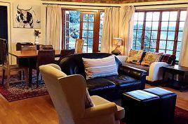 Knysna Self Catering - Hillside House