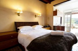 Swellendam Accommodation - Arumvale - Standard Self Catering Suite