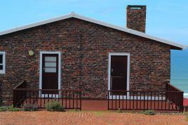 Mossel Bay Self Catering - Toys Story Cottage