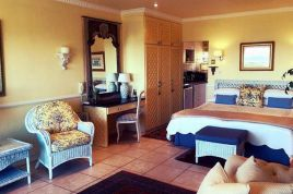 Somerset West Self Catering - RLA - Upper Terrace 1