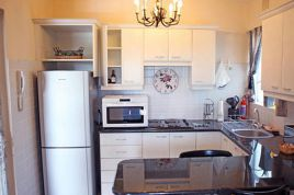 Somerset West Self Catering - RLA - The Garden Apartment