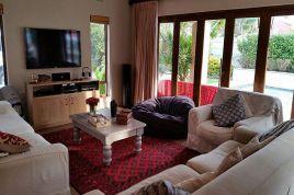 Holiday Apartments - Abbott House