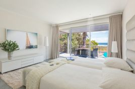 Sunset Beach Self Catering - Ocean View Apartment