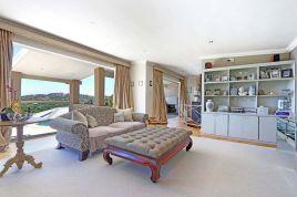Newlands Accommodation - Pluke Villa