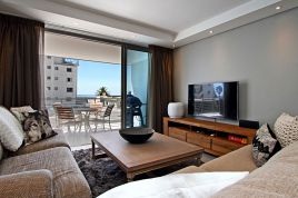 Sea Point Accommodation - Fairmont 201