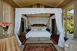Bantry Bay Accommodation -  - The Garden House