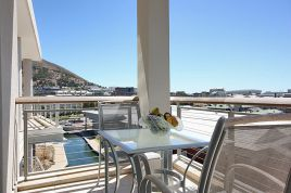 V&A Waterfront Accommodation - 702 Canal Quays