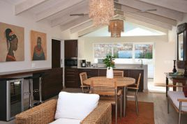 Holiday Apartments - Glen Beach Bungalow - Penthouse