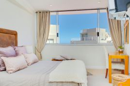 Bantry Bay Accommodation -  - 205 Seacliffe