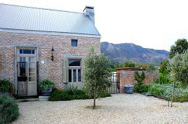 Hermanus Self Catering - Cotton Cottage