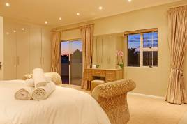 Sunset Beach Winter Accommodation - Cowrie Villa 35