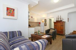 Fish Hoek Accommodation - Dolphins Rest