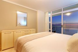 Blouberg Holiday Rentals - The Waves 1002
