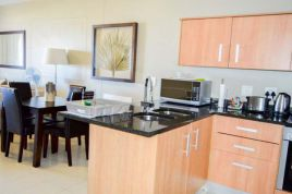 Holiday Apartments - Infinity Two Bedroom Balcony Apartment