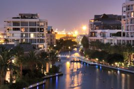 Cape Town Waterfront Accommodation - Kylemore A 303