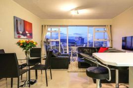 Green Point Accommodation - Hillside Heights 606