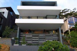Clifton Accommodation - Pentagon Villa
