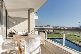 Cape Town Waterfront Accommodation - Canal Quays 2 Bed Executive