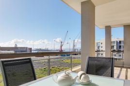 Cape Town Waterfront Accommodation - Canal Quays 2 Bed Standard