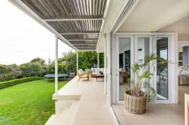 Bakoven Accommodation - Le Blanc Villa