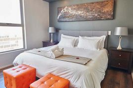 Green Point Accommodation - The Legacy 205