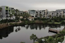 Holiday Apartments - Canal View 308