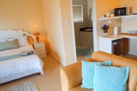 Holiday Apartments - Summer Tides Honeymoon Hideaway