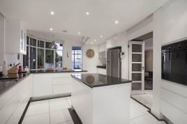 Holiday Apartments - Beach Villa 1