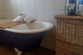 Overberg Accommodation - The Country Cottage