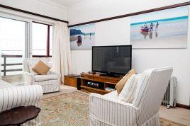Fish Hoek Accommodation - Sunny Cove-Apartment 4