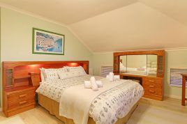 Cape Town Self Catering - Sterling Way 50