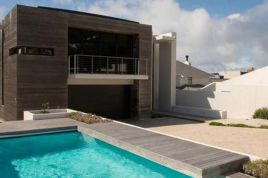 Simons Town Accommodation -  - Boulders Beach Villa