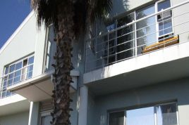 Melkbosstrand Accommodation - Two Owls Guest House