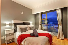 Hout Bay Accommodation - Bay Views Hout Bay