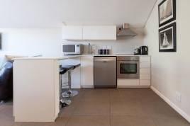 Holiday Apartments - 20A Belladonna