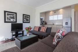 Holiday Apartments - 2 Eaton Square