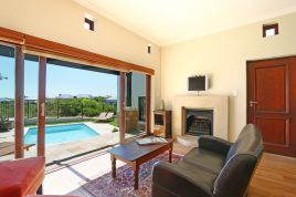 Accommodation in Cape Town - Dolphin View Villa 2
