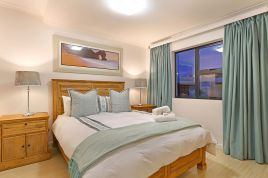 Parklands Accommodation - Azure 6