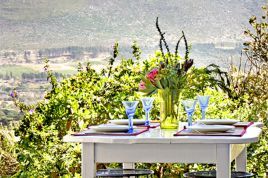 Noordhoek Accommodation - Pebble Beach Cottage