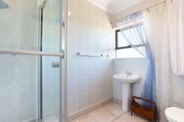 Blouberg Holiday Rentals - Die Bad 12