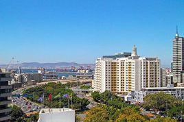 Holiday Apartments - Metropolis Views