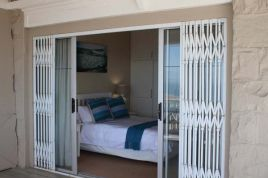 Holiday Apartments - Harbour View Self-catering