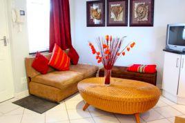 Constantia Accommodation - Constantia Cottages