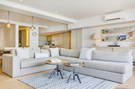 Holiday Apartments - Beach View Luxury Apartment