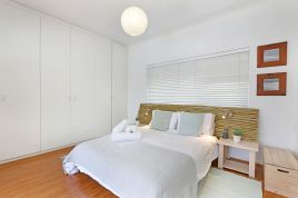 Bloubergstrand Accommodation - Sail Street 54