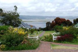 Garden Route Accommodation - Exquisite Cottage 20