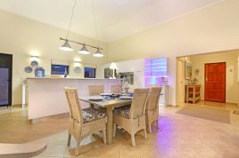 Melkbosstrand Accommodation - Ainsdale 12