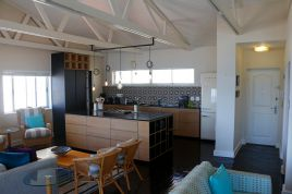 Mouille Point Accommodation - Valentine