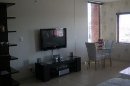 Holiday Apartments - ILLA Manhattan Studio Apartment